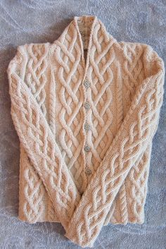 Fireside Sweater pattern by amber ellison via Ravelry Cable Knitting, Knitting Stitches, Hand Knitting, Knitting Patterns, Crochet Patterns, Knit Jacket, Online Fashion Stores, Knit Or Crochet, Crochet Clothes