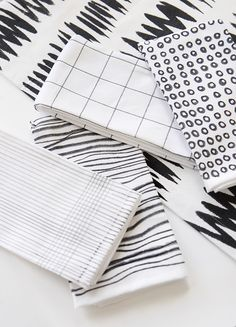DIY Black & White Printed Napkins