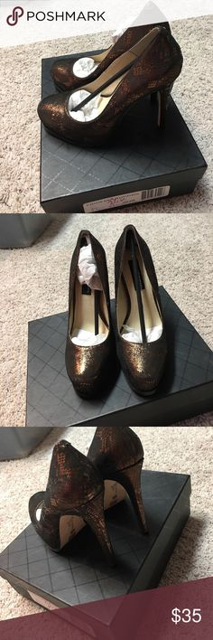 ‼️BRAND NEW‼️ women's size 6.5 gold heels Women's size 6.5. Brand new! Absolutely adorable! Chinese Laundry Shoes Platforms