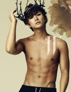 Junho in W Korea September 2012 Jang Wooyoung, Lee Junho, Taecyeon, Korean Men, Asian Men, Korean Celebrities, Korean Actors, Asian Actors, W Korea