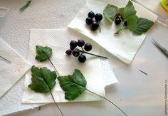 Лепим веточку черной смородины из холодного фарфора - Ярмарка Мастеров - ручная работа, handmade