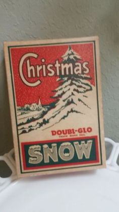 Vintage box of Christmas Doubl-Glo Snow ~ Offered is an unopened box of Christmas Doubl-Glo snow.  The box is in excellent condition and has not been opened.  There are directions on the side of the box as to how to use the snow to create a beautiful and realistic effect.  The box is 7 inches X 4 inches.