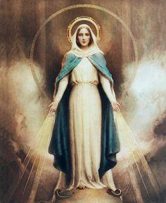 Virgen de la Medalla Milagrosa. La Virgen María se le apareció a santa Catalina Labouré en 18 30 pidiéndole la creación de una medalla posteriormente conocida como la Medalla Milagrosa.