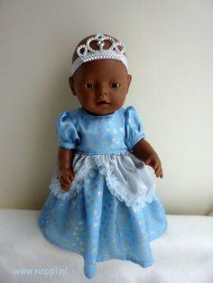 Themakleding / Baby Born 43 cm | Nappi.nl Patroon jurk; Christel Dekker, kroontje is eigen ontwerp