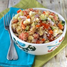 Greek Salad Quinoa Bowls | A fresh and delicious lunch or light dinner