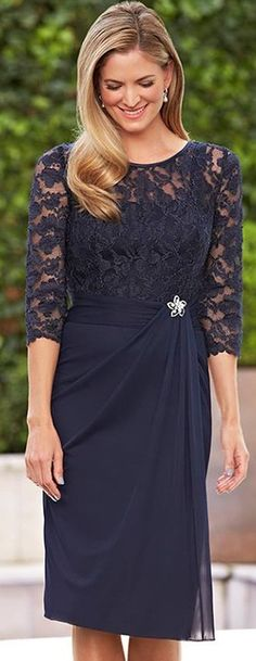 A Line Navy Blue Lace Sleeve Short Chiffon Scoop Mother of the Bride Dresses… hochzeiten kleider brautmutter Mother Of Groom Dresses, Bride Groom Dress, Mothers Dresses, Mother Of The Bride Dresses Knee Length, Short Mothers Dress, Brides Mom Dress, Wedding Party Dresses, Bridal Dresses, Bridesmaid Dresses