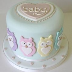 Owl Babyshower cake. Simple, but I love it.