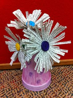 Reading With Red: Crafts with Withdrawn books- Teen Art