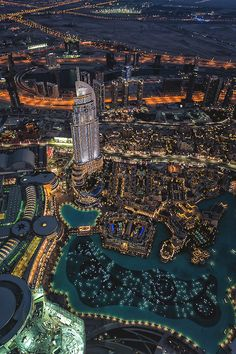 Burj Khalifa Fountain, Dubai, by Christian Kneidinger Abu Dhabi, Beautiful Places In The World, Places Around The World, Around The Worlds, Places To Travel, Places To See, Dubai City, Dubai Travel, Modern City