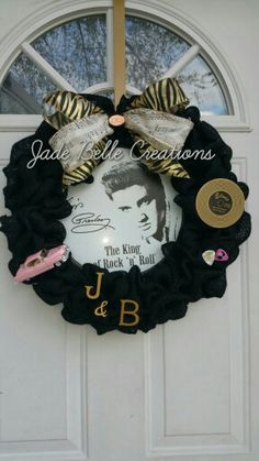 "Elvis Presley Burlap Wreath 16"" Jade Belle Creations Www.facebook.com/jadebellecreations Special order $50 Wreath Crafts, Diy Wreath, Burlap Wreath, Wreath Ideas, Christmas Jingles, Christmas Crafts, Christmas Decorations, Christmas Mesh Wreaths, Door Wreaths"