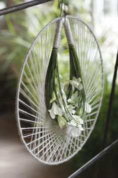 Wedding wreath - noble simplicity and refinement of forms, smooth lines and restrained, classic color combination - Geert Pattyn - Pulman 09-11-001