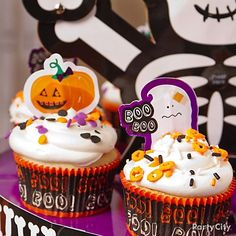 Make your party kid-friendly with these sweet-not-scary Halloween party food ideas!#partycity #halloween #pintowin