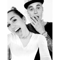Miley cyrus and justin bieber Justin Bieber Miley Cyrus, Youtube, Couple Photos, My Love, Couples, Relationships, Quotes, Singers, Composers