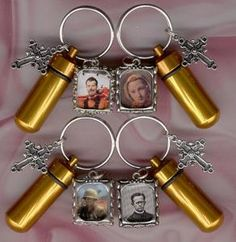 For Sale  Cremation Jewelry,Memorial Urn,Keepsake Urn,Cremation Urn,Key Chain Urn,Religion  Ashes Urns,You can order from any of these sites.  http://stores.ebay.com/Memorial-Key-Chain-Cremation-Urn   http://stores.ebay.com/Ever-Lasting-Cremation-Urns  http://littleurnshop-new-store1.ebid.net/   http://webstore.com/~EmbraceableUrns   If you have any questions please ask at:     thesilvershirt@peoplepc.com, or from any of these sites.