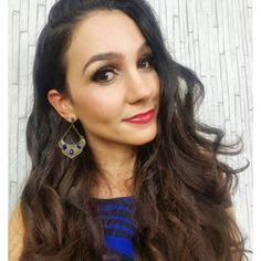 Começando a segundona como a @anitabemcriada : com o pé direito, com tudo azul e de @carolgregori . 💙👏👸🙏😎 #elausacarolgregori #brinco #azul #paz #sorte #moda #estilo #advogada #look #blogger #blue #earrings #peace #luck #fashion #style #lawyer #instalook #instamood #instafashion #instagood