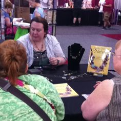 Heather Powers demonstrates from her book Jewelry Designs From Nature - Excellent designer, author and person!