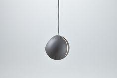 Nyta »Tilt Globe« grey