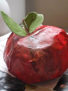 Blessings and Simplicity: Paper Mache Apples...a great fall craft