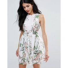 Zibi London Leaf & Floral Print Skater Dress ($43) ❤ liked on Polyvore featuring dresses, pink, leaf dress, pink dress, pink floral print dress, floral dresses and floral day dress