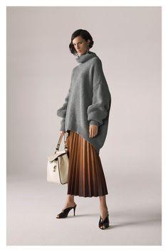 Frauenkleidung - Givenchy Pre-Fall 2019 Kollektion - Vogue b96299231296b