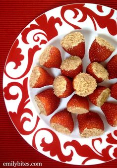 These Cheesecake Stuffed Strawberries are juicy, creamy, sweet little bites of perfection and just 35 calories or 1 Weight Watchers SmartPoint each! www.emilybites.com #healthy