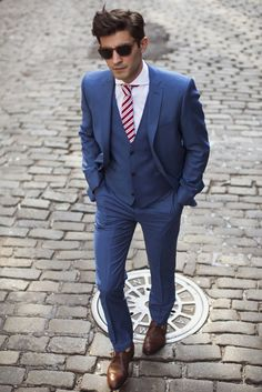 Blue groom suit.