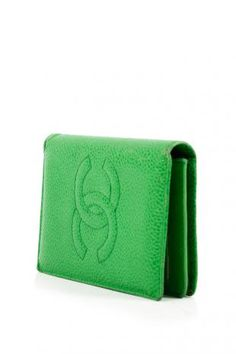 Vintage Chanel leather card case in green <3