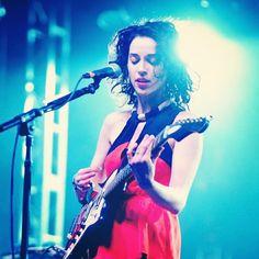 Seeing this gorgeous performer at Bonnaroo.