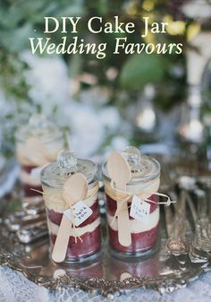 DIY Cake Jar Wedding Favours