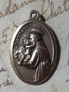 Vintage Italian Ex Indumentis Relic Of Saint Anthony Patron Of Lost Things Catholic Holy Medal, Sacred Medallion