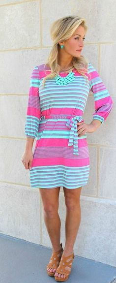 The colors! I love this dress <3 I need this in my life,can somebody buy this for me?