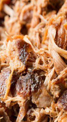 """""""Want to make the best pulled pork from your own kitchen? This recipe for the world's best Carolina pulled pork all starts with a brine. When I think of BBQ I can't help Pulled Pork Oven, Smoked Pulled Pork, Pulled Pork Recipes, Meat Recipes, Crockpot Recipes, Cooking Recipes, Smoker Recipes, Pull Pork, Pulled Pork"""