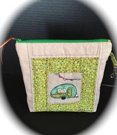 zipper wallet / wristlet /pouch Retro camper by littlepeepsbysuzyd