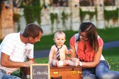 6 month photos, family pictures, summer in Minnesota, photo session ideas