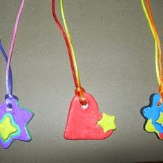 FUENTE: http://www.parents.com/fun/arts-crafts/kid/gifts-kids-can-make/?pmmpin1312holidaygifts#page=3 FUENTE: http://lesptitspie...