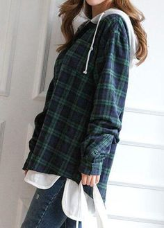 Button Up Long Sleeve Curved Hoodie Plaid Shirt Outfits, Cute Casual Outfits, Pretty Outfits, Tomboy Fashion, Teen Fashion Outfits, Cowgirl Fashion, Flannel Over Hoodie, Flannel Shirts, Flannels