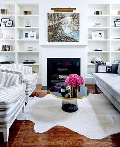 Mix and Chic: A chic and updated Victorian home in Toronto!