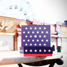 GLOSSYBOX Stars  Stripes Edition Juni 2014