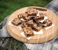 These yummy energy squares are easy to carry, simple to pop and savour while on a rugged path, and quick to assemble in bulk.