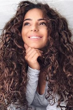 hair and beauty image Long Curly Hair, Wavy Hair, Her Hair, Curly Hair Styles, Natural Hair Styles, Ombre Hair, Messy Hairstyles, Pretty Hairstyles, Summer Hairstyles
