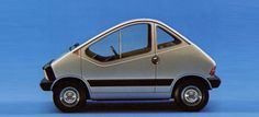 If you're going to make a really small city car, you've really got only two options to style it: unashamedly utilitarian or out-and-out clamshit crazy. It's pretty easy to see which way Fiat went with their 1972 X1/23 concept, and, personally, I think it works.