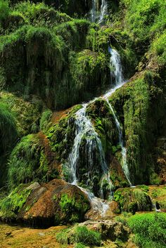 Waterfall in Baum-les-Messieurs, French Jura (been there!)