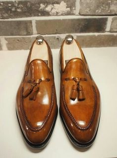 Imported Goods and Maneuvers – Parisian Gentleman Sock Shoes, Shoe Boots, Mens Brown Loafers, Nike Heels, Gentleman Shoes, Formal Shoes For Men, Men Formal, Business Shoes, Tassel Loafers