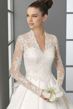 wedding dress. so elegant.