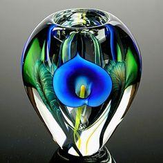 Blue Cala by Art Glass Vase Scott Bayless Glass Ceramic, Mosaic Glass, Stained Glass, Glass Marbles, Glass Bottles, Perfume Bottles, Blown Glass Art, Art Of Glass, Cristal Art