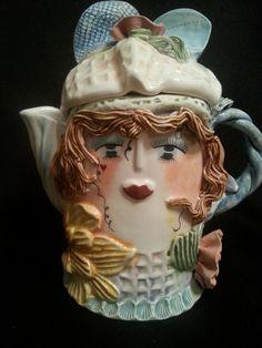 Ellen Williams Porcelain Teapot Woman Face Ganz #ellenwilliams #luckieslea #teapot #ganz