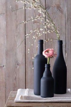 http://www.ze.nl/artikel/209178-cheers-12-diys-met-drankflessen