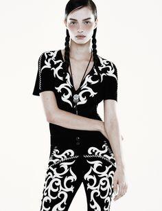 www.pegasebuzz.com   Luma Grothe by Nicole Heiniger for Pulp #9