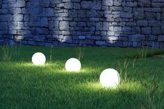 Садовые светильники - шары