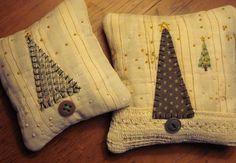 Pair Tiny Primitive Folk Art Fabric Art Christmas Tree Pillow Bowl Fillers Shelf Sitters